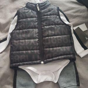 NWT Boys DKNY 3 piece outfit